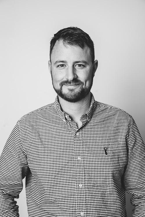 photo of Dan Saunders